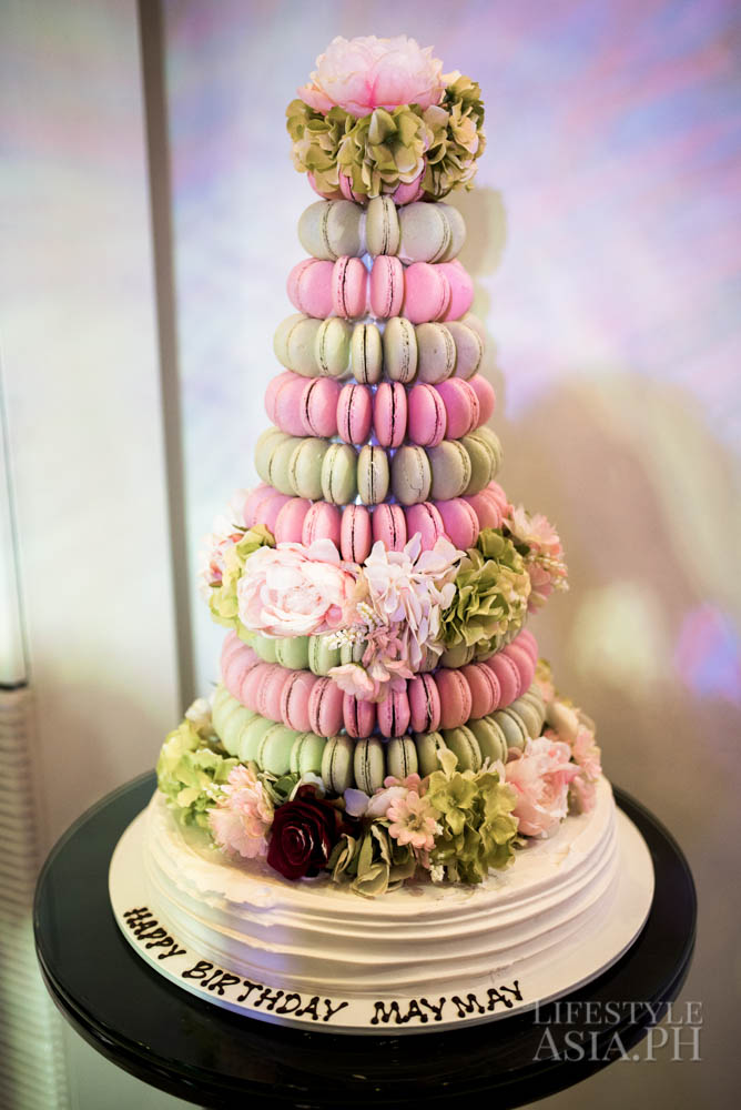 Multi-tiered cake made out of macarons